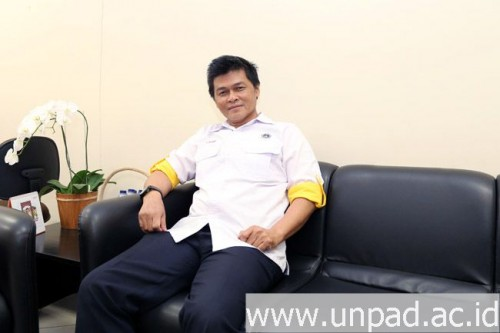 "cover Dirdikmawa Unpad, ""Calon Mahasiswa Unpad TA 2017/2018 Harus Selesai Studi Tepat Waktu"""