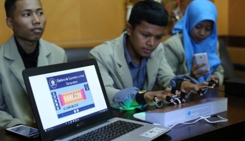 Foto Mahasiswa UGM Kembangkan Gamelan Untuk Tuna Netra