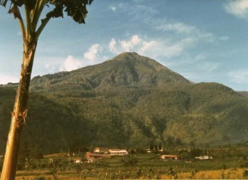 cover Gunung Lawu