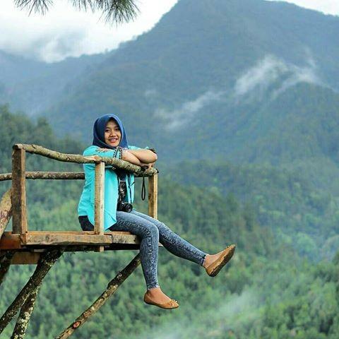 Foto Wisata Rumah Pohon daerah Karanganyar