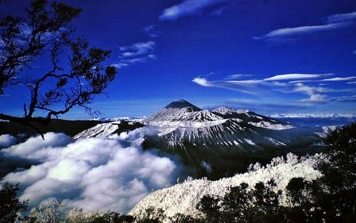 Foto 5 Misteri Unik Gunung Jayawijaya