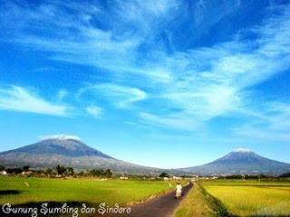 Foto Gunung Kembar SINDORO SUMBING