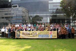 cover UI Jadi Universitas Pertama di Indonesia yang Ikuti Akreditasi Institusional AUN-QA