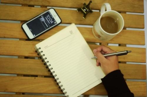 Foto 8 Langkah Praktis Menulis Artikel Ilmiah