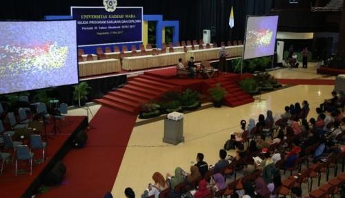 cover Alumni UGM Berbagi Cerita dengan Para Calon Wisudawan