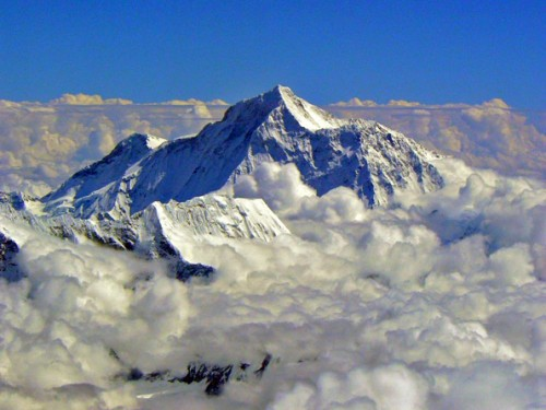 cover FAKTA GUNUNG EVEREST