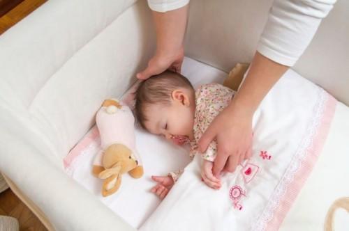 Foto Cara Membuat Anak Tidur Nyenyak (Pulas)