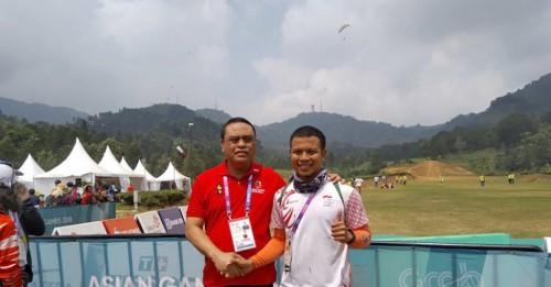 Foto Atlet Paralayang Raih Emas dan Perak, MenPAN-RB Ucapkan Selamat