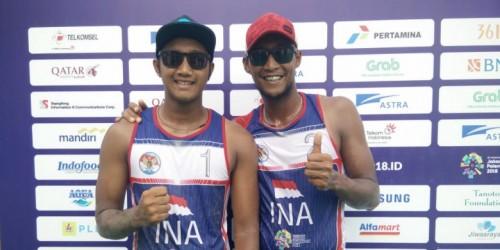 Foto Pasangan Rachmawan dan Ashfiya melaju ke final
