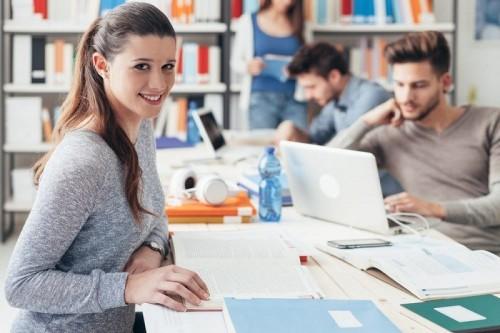 cover 3 Mitos yang Tak Perlu Dipercaya Mahasiswa Baru