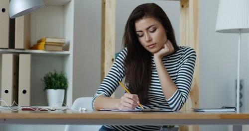 cover 6 Trik Menjaga Kesehatan Mental saat Musim Ujian