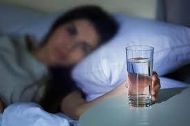 cover Beberapa Manfaat Minum Air Putih di Pagi Hari