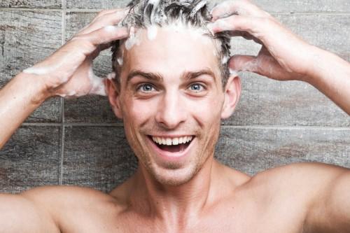 cover Beberapa Tips Perawatan Rambut pada Pria Agar tetap | Sehat dan Kuat