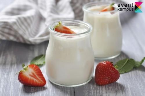 cover Manfaat Minum Yoghurt